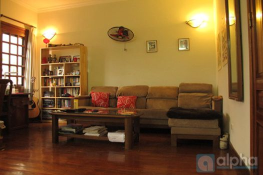 House for rent in Hoan Kiem, Ha Noi. Quiet and well furnished 1