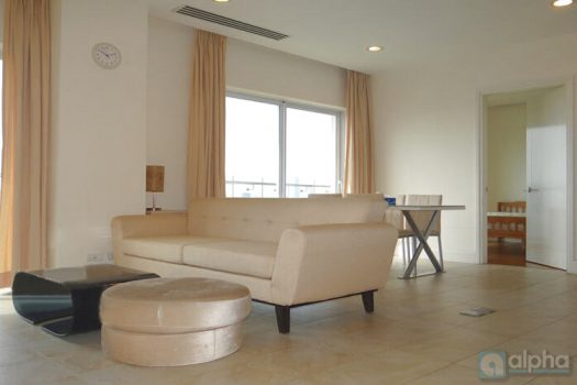 2 bedrooms apartment in Golden West Lake, beautiful view 3