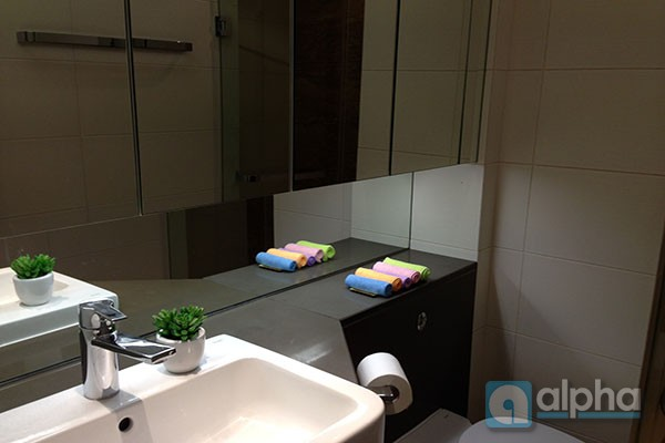 Luxurious apartment for rent in indochina plaza, Cau Giay Ha Noi, well furnished.