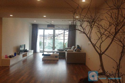 Cho thuê căn hộ nội thất sang trọng tại Mandarin Garden