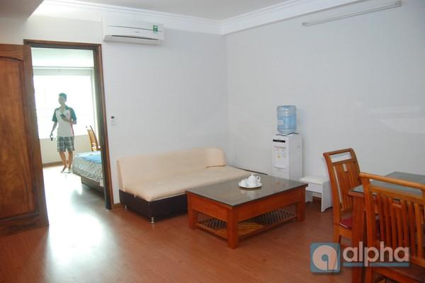 Căn hộ dịch vụ 1 phòng ngủ cho thuê tại Cầu Giấy, Hà Nội.