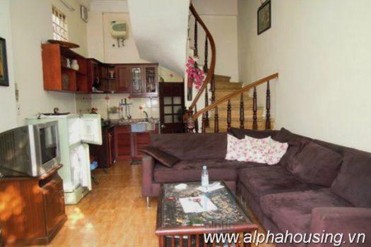 Nhà 2 phòng ngủ cho thuê tại Vân Hồ