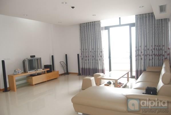 SUPER Luxury three bedrooms apartment for rent in Dolphin building, Tu Liem area