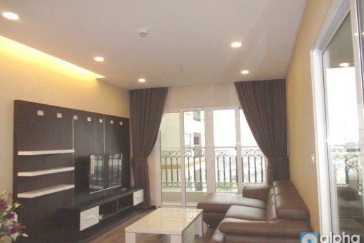 Cho thuê căn hộ 2 phòng ngủ tại Hòa Bình Green City - Minh Khai