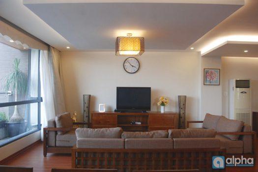 Cho thuê căn Penhouse tại Hồ Ba Mẫu - View hồ thoáng mát - Không gian trong lành yên tĩnh