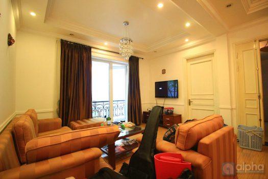 Căn hộ 3 phòng ngủ nội thất đầy đủ cho thuê tại Yên Phụ
