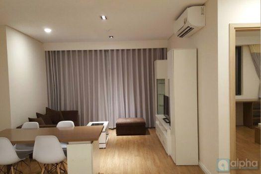 Căn hộ nội thất đẹp 2 phòng ngủ cho thuê tại Mipec Riverside