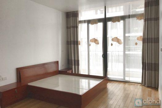 Cho thuê căn hộ 2 phòng ngủ tại Dolphin Plaza