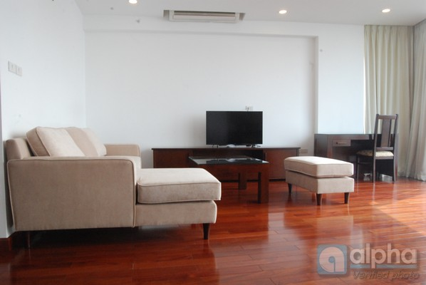 Brand new serviced apartment for rent, 02 bedrooms, lake view.