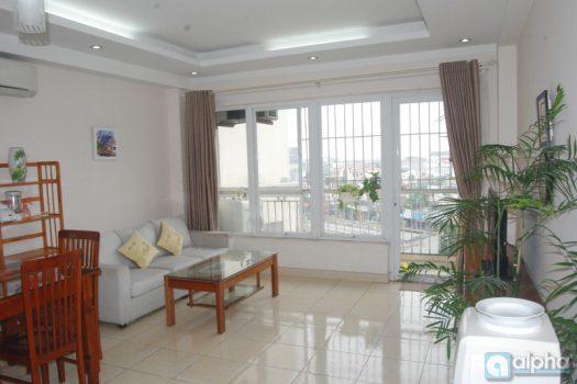 Cho thuê căn hộ 1 buồng ngủ tại khu Trúc Bạch
