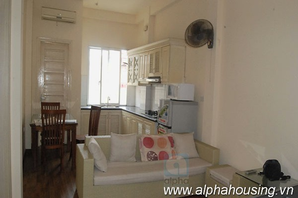 Very cheap serviced apartment for rent in Nguyen Khang, Cau Giay,Ha Noi