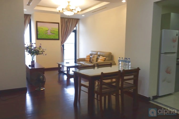 High floor, modern apartment for rent in R1 Royal City, Hanoi