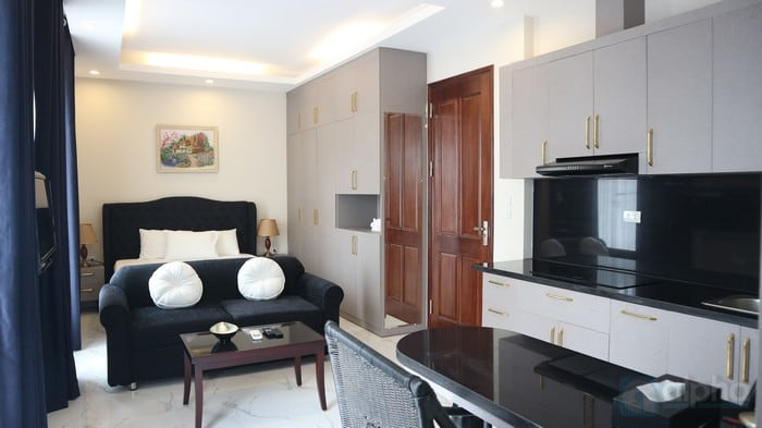 Elegant Studio to rent in To Ngoc Van – Tay Ho