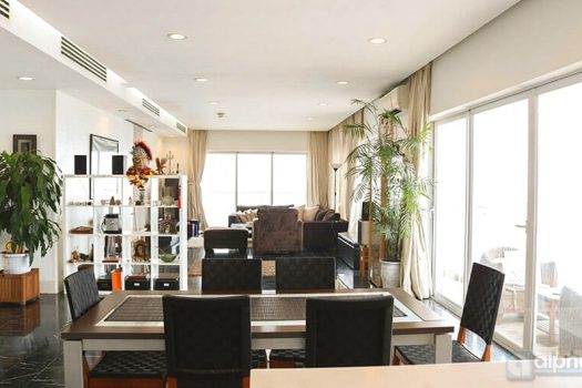 Panoramic WestLake view apartment 5Br for lease in Golden WestLake 9