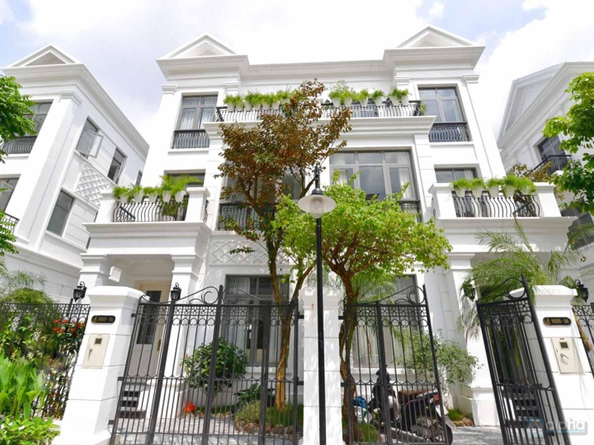 Vinhomes Riverside Long Bien, Modern and brand house for rent in The Hamony