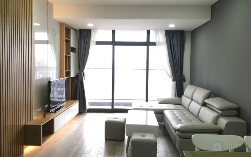 Fully furnished 2 bedrooms apartment for lease in Discovery Complex,