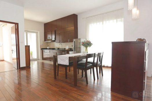 Cho thuê căn hộ 3 phòng ngủ tại tòa nhà Vườn Đào 3