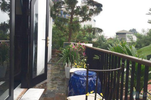 Căn hộ sân vườn tuyệt vời cho thuê tại trung tâm thành phố 4