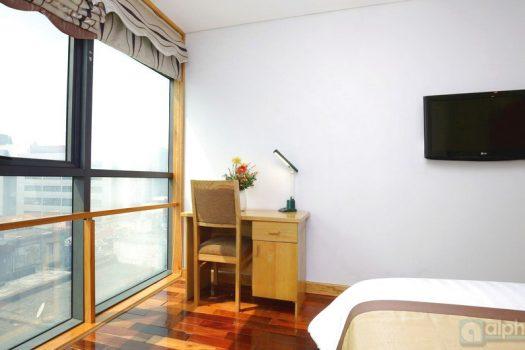Cho thuê căn hộ 2 phòng ngủ trên khu Kim Mã - Ba Đình 3