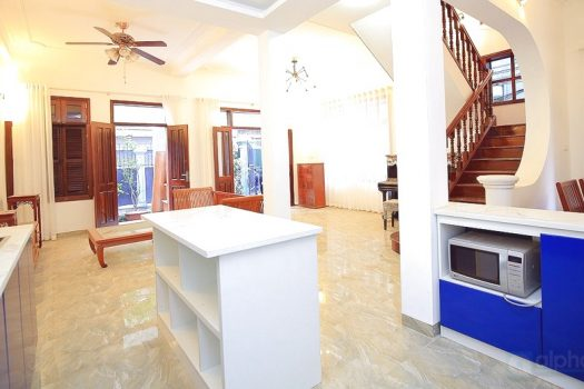 Garden house with 04 bedroom in Dang Thai Mai for rent 2