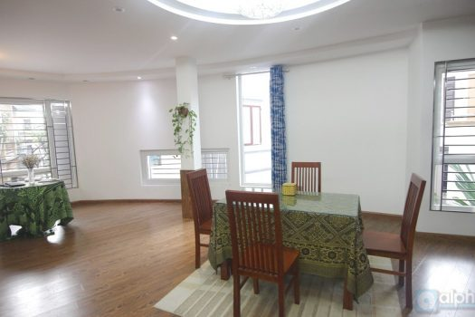 2 bdr 2 bath Apartment for rent in Ba Dinh area 2