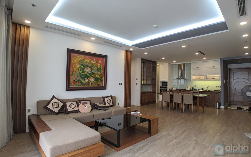 Good quality 03 bedroom apartment to rent in Vinhomes Nguyen Chi Thanh