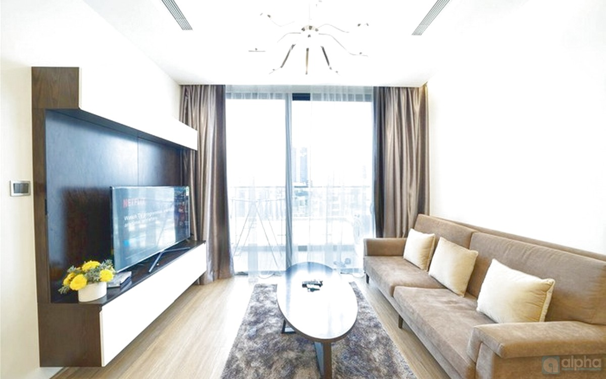 Fully furnished 2 bdr Apartment to rent at Vinhomes Metropolis, Lieu Giai
