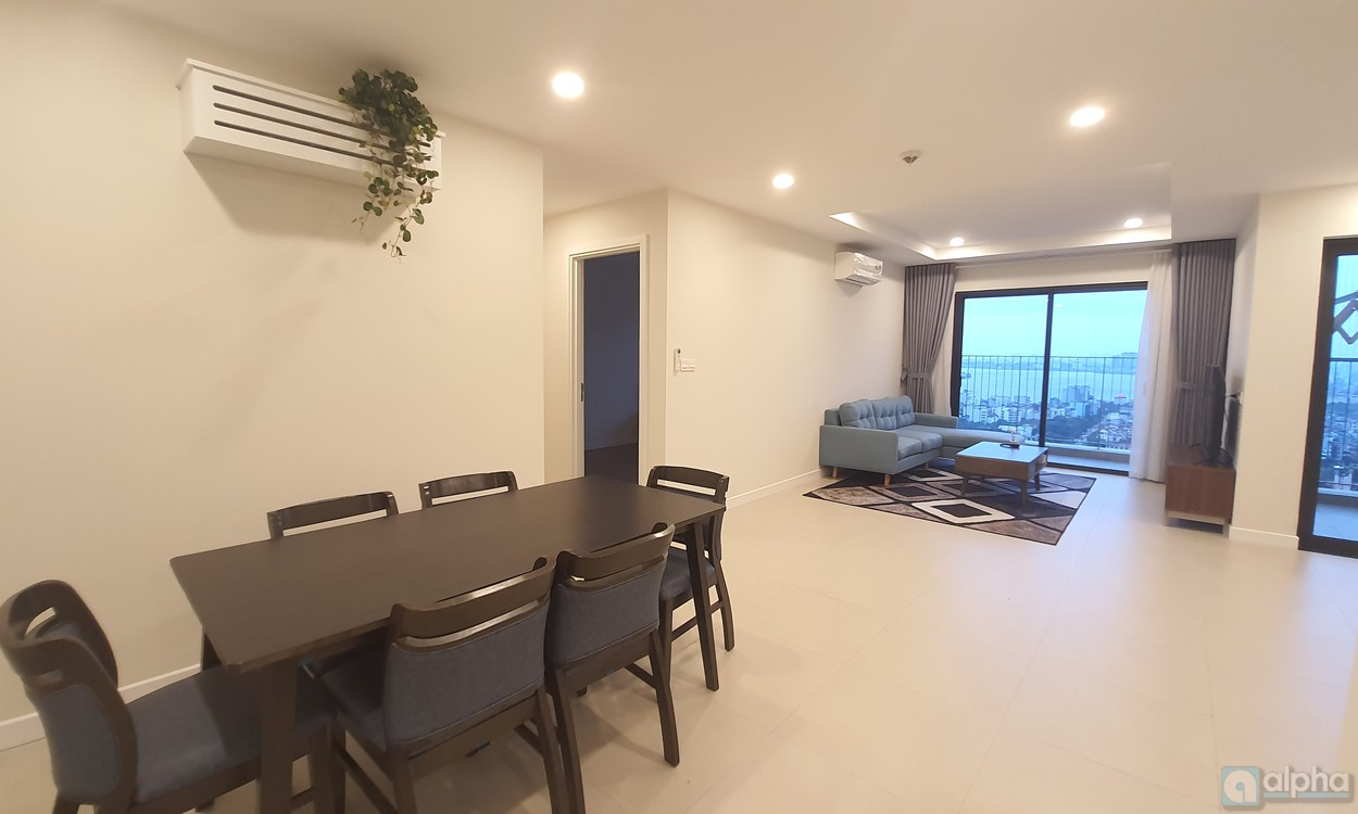 Spacious 3-bdr apartment in Kosmo Tay Ho, Novo building