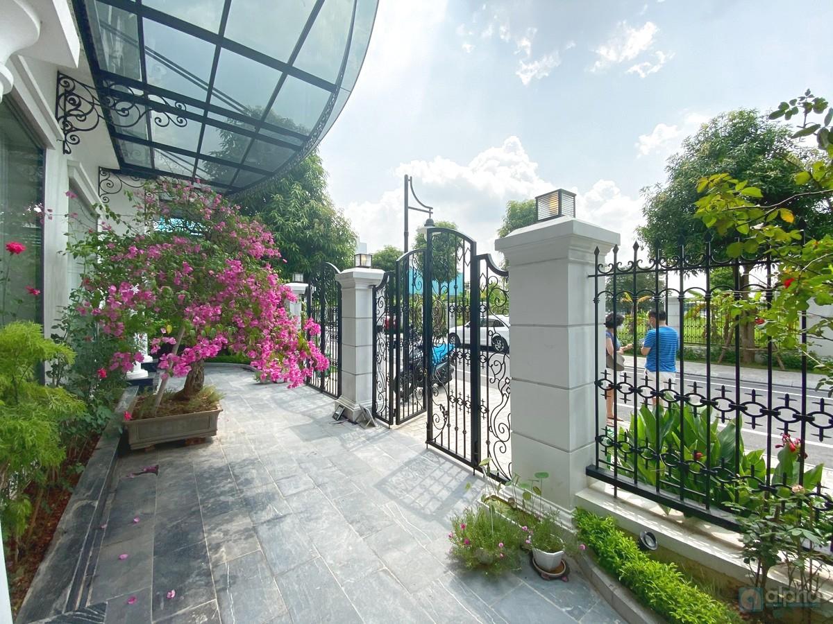 Cho thuê biệt thự đầy đủ tiện ích tại Vinhomes Harmony