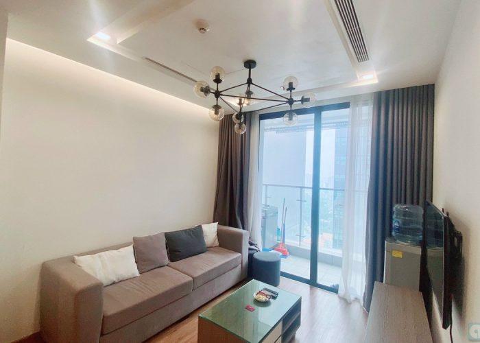 Cho thuê căn hộ 2 phòng ngủ chất lượng cao, giá tốt tại Vinhomes Metropolis