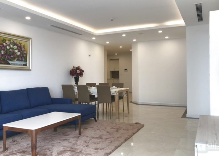 Luxury 02 bedroom apartment in Dleroi solei tower is ready for moving in