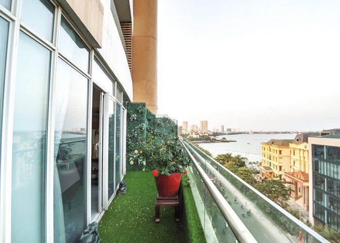 Stunning view 2-bedroom apartment in Watermark building, 395 Lac Long Quan street, large balcony