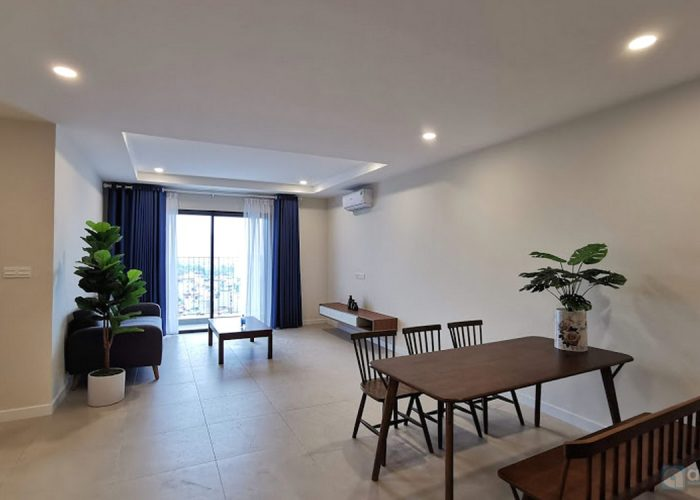 Spacious apartment in Novo tower, Kosmo Tay Ho on high floor,2bdr, airy view