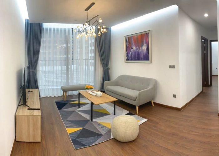 Căn hộ 1 phòng ngủ rộng rãi cho thuê tại 6th Element, có ban công.