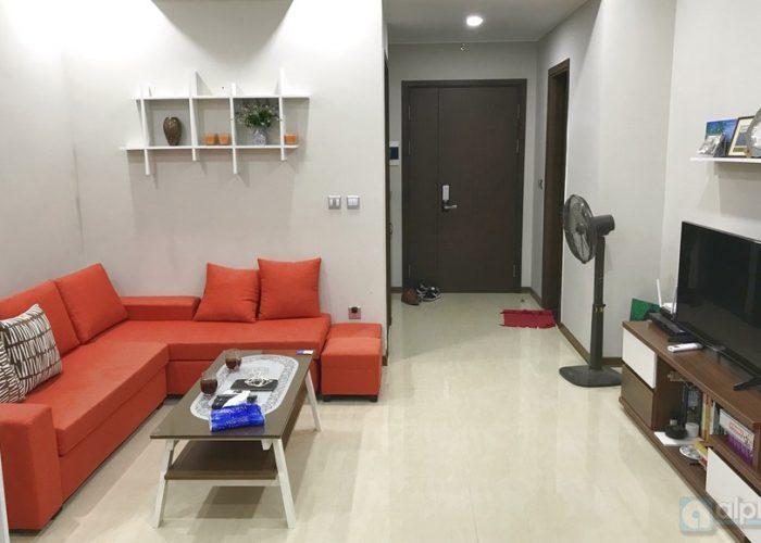Cho thuê căn hộ hiện đại 2 phòng ngủ tại Tràng An Complex – Cầu Giấy