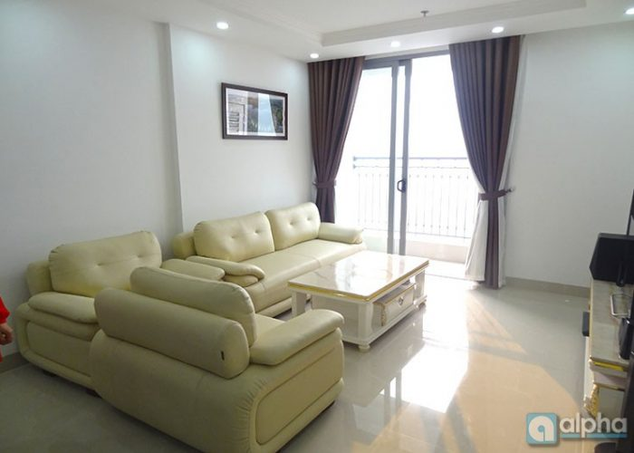 Vinhomes Nguyen Chi Thanh apartment for rent, new furniture, high floor