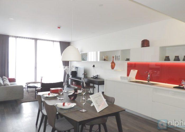 Cho thuê căn hộ 2 phòng ngủ nội thất đẹp tại Somerset West Point