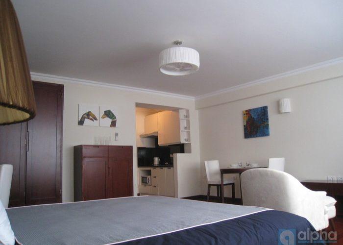 Ba Dinh modern apartment near center Ha Noi