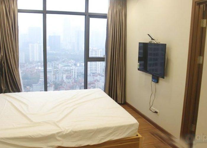 Cho thuê căn hộ hai phòng ngủ ấm cúng tại Discovery Complex