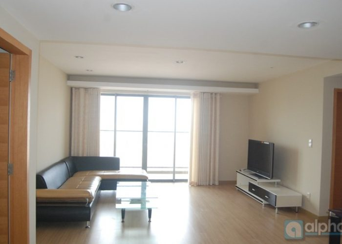 Sky City 88 Lang Ha apartment for rent, furnished 3 bedrooms