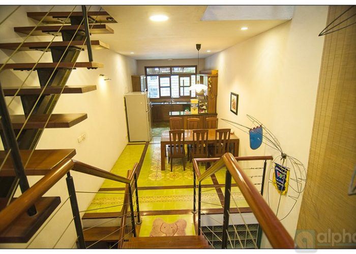 Modern house for rent in Cau Giay, Ha Noi. 03 bedrooms, furnished