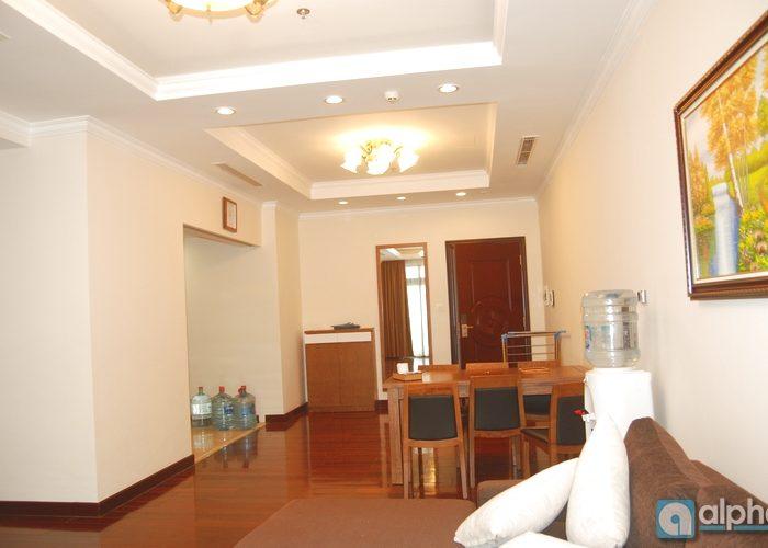 cho thuê căn hộ 3 phòng ngủ tại tòa R5 Royal City