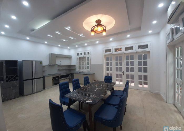 Cho thuê biệt thự 4 phòng ngủ hoàn toàn mới tại Ciputra Hà Nội