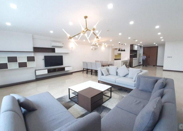 Cho thuê căn hộ 04 phòng ngủ tòa L2 Ciputra Hà Nội