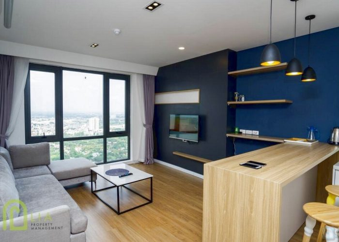 River view 2 bdr Mipec Riverside Apartment to rent at cheap price