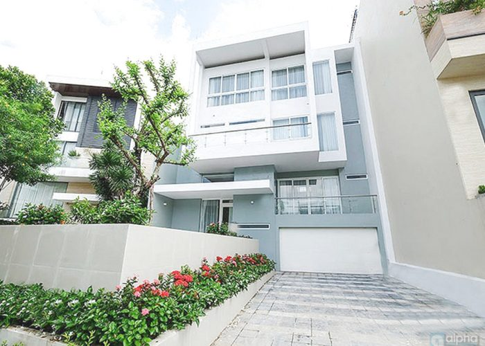 Super luxury villa for rent in Q block – Ciputra Hanoi