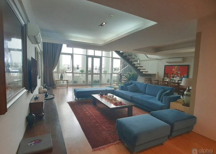 Sumptuous Penthouse apartment for rent in Ciputra