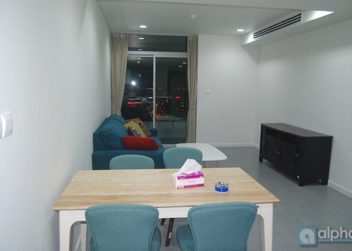 Căn hộ 2 phòng ngủ nhìn ra Hồ Tây tại Watermark Tây Hồ Hà Nội