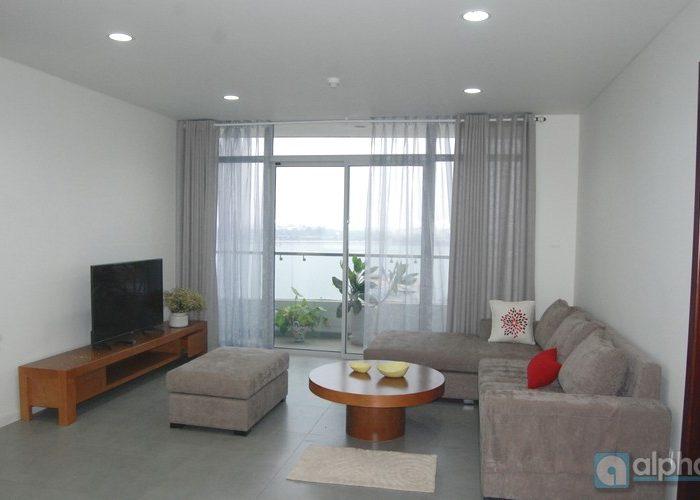 Căn hộ 2 phòng ngủ view Hồ Tây cho thuê tại tòa Watermark