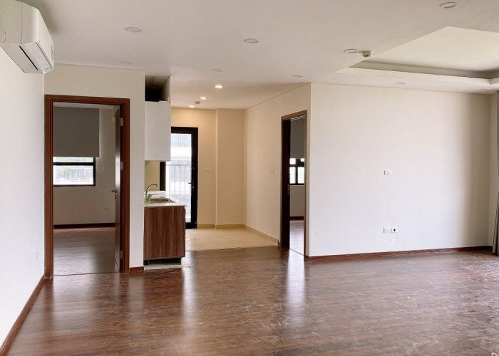 Corner apartment for rent, open space in Diplomatic corps